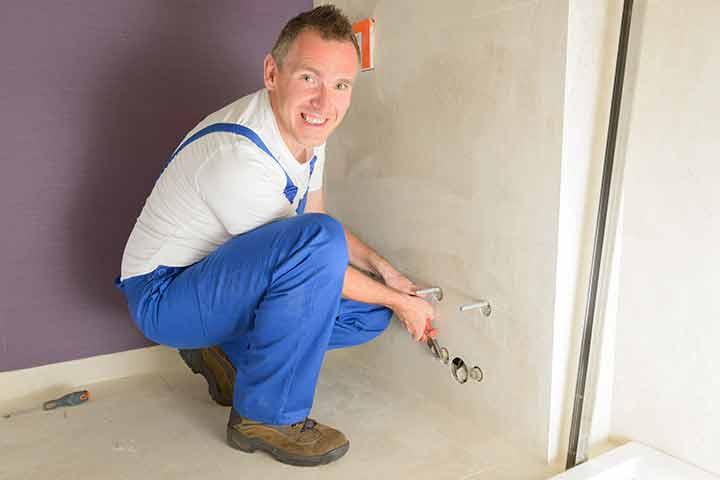 Koppen Dakbedekkingen en Totaal Renovatie uit Leveroy